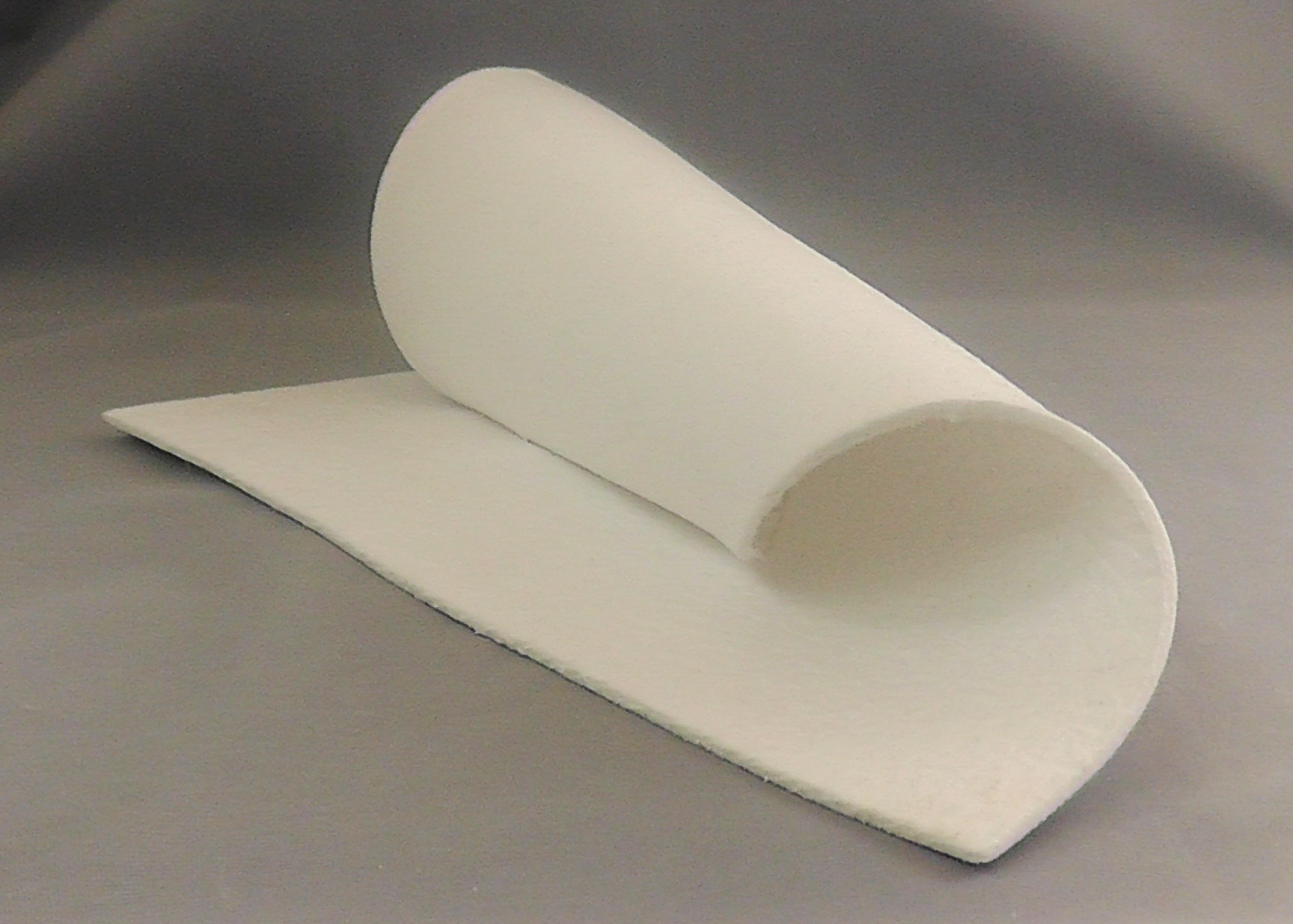 fiber paper Kiln paper is made from ceramic fiber and can simply be laid on top of a kiln shelf shelf wash, also called kiln wash, needs to be applied to molds and shelves after every few firings delphi tip: fiber products, like fiber paper and rope, can be used for shaping, creating open spaces to your glass art and creating relief designs.